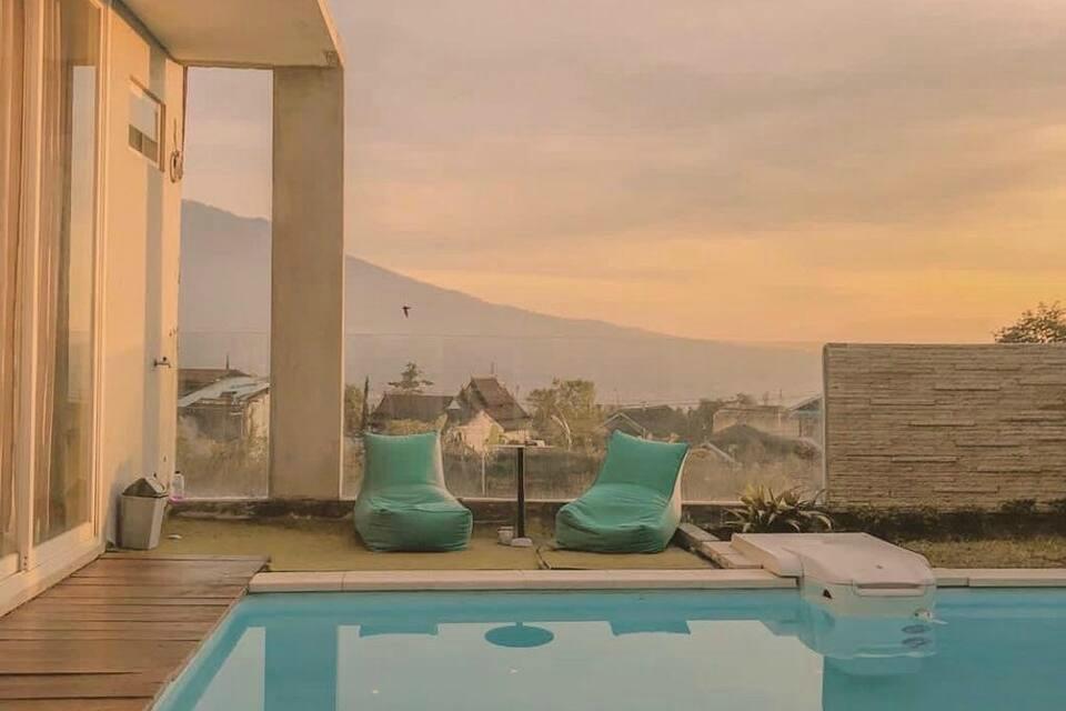 airbnb di malang