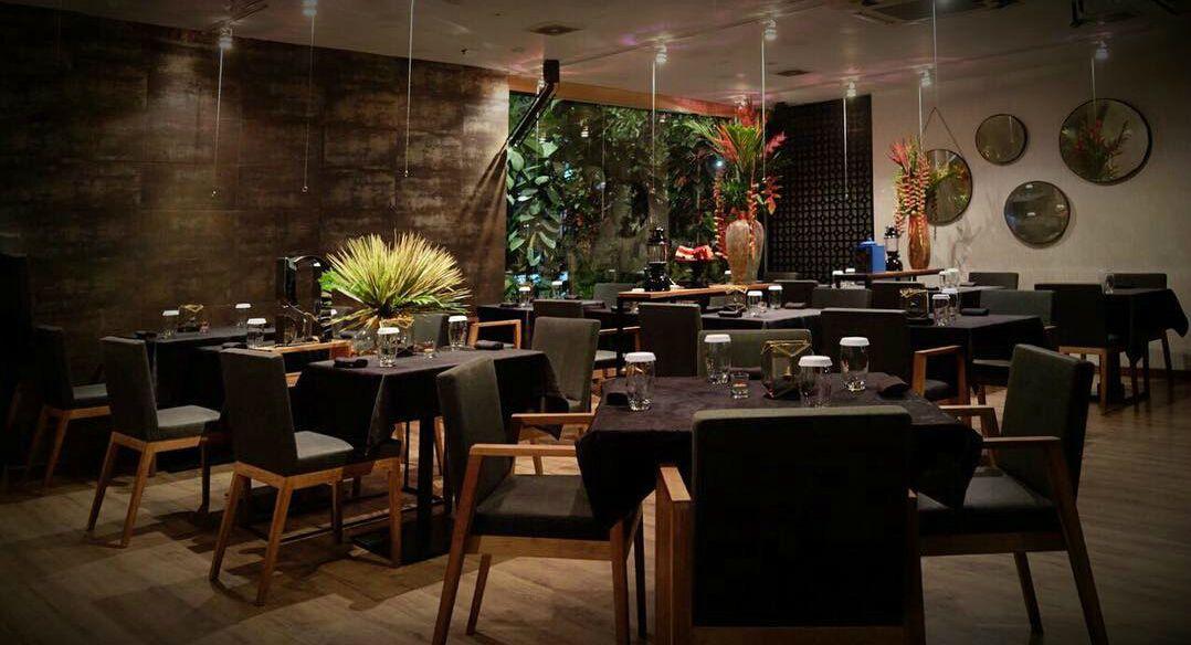 Namaaz Dining   restoran milik chef