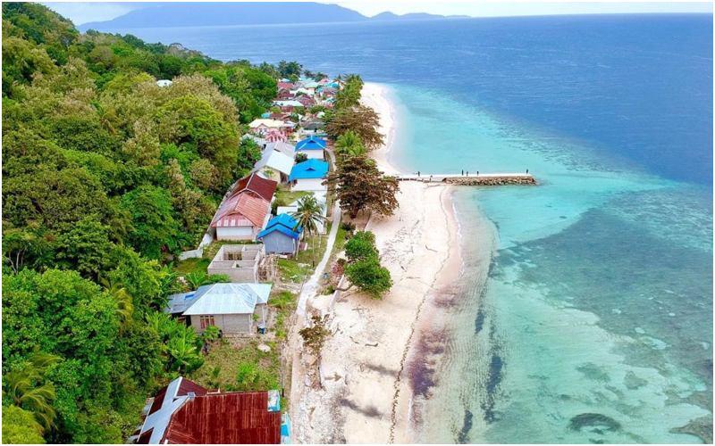 Pulau Hatta | Perjalanan Banda Neira