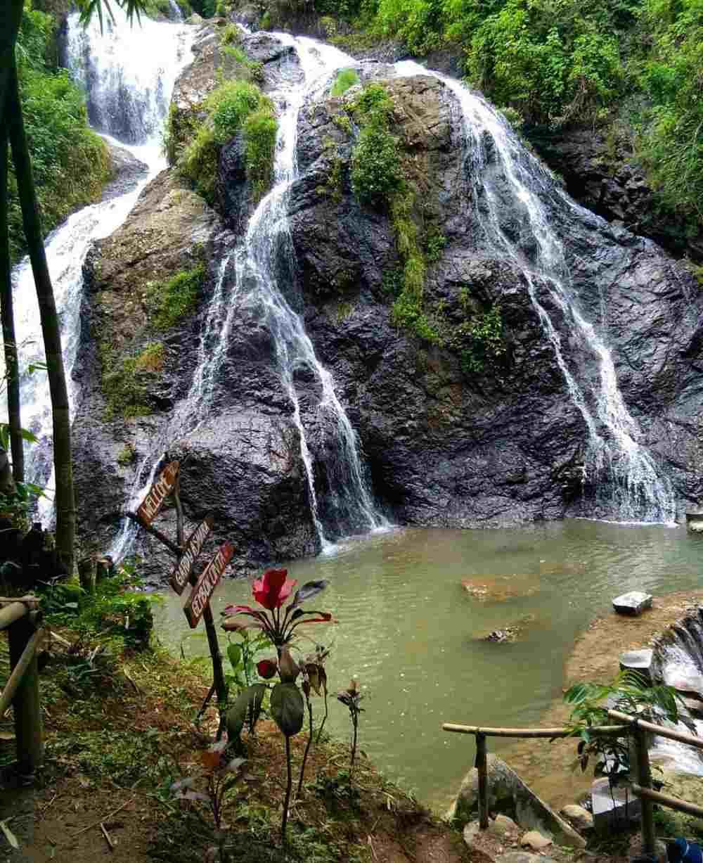 Air Terjun Sewawar Sedinding tempat wisata karanganyar