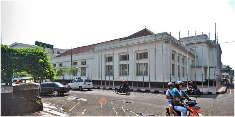 Societeit Concordia atau Gedung Merdeka | Image credit: thisinbalitimur | wisata di braga