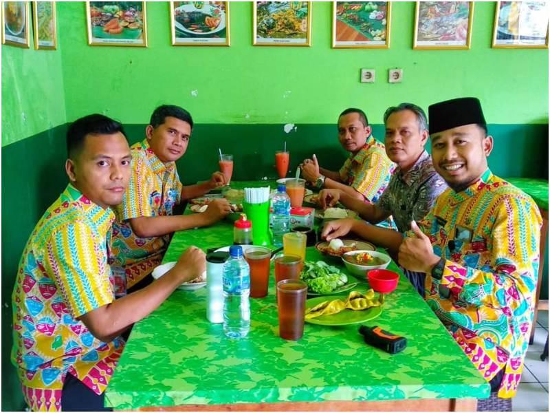Warung Betawi H. Ibeh | restoran betawi di Jakarta