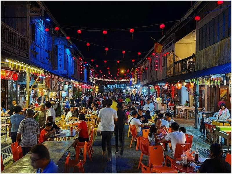 Siniawan Night Market | tempat wisata di Kuching