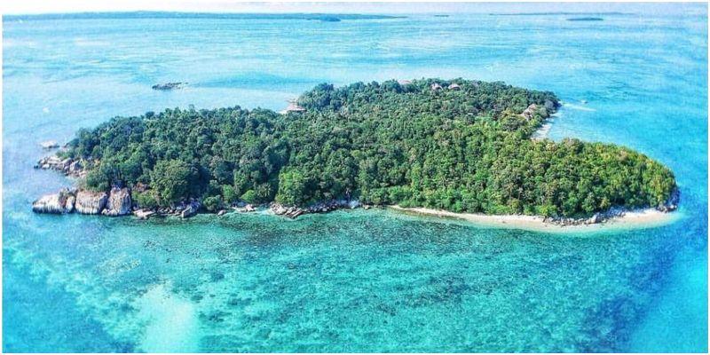 Pulau Cempedak pribadi di indonesia