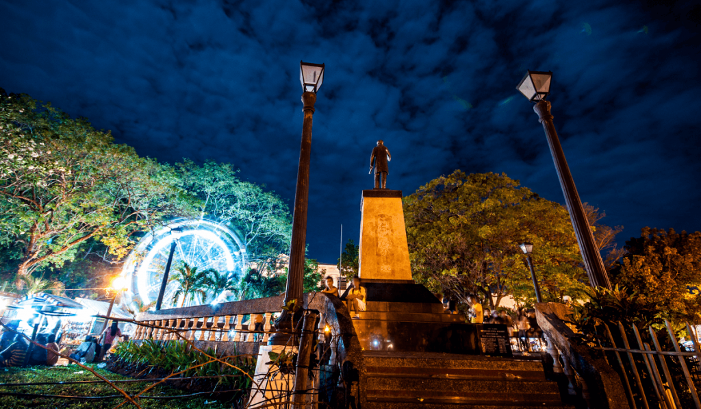 10 Philippines Cities at Night for Late-Hour Sightseeing