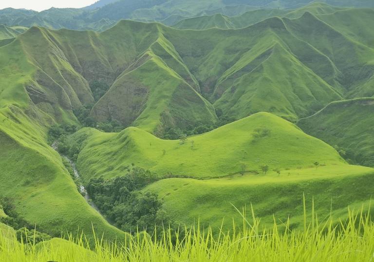 La Palmera Mountain Range
