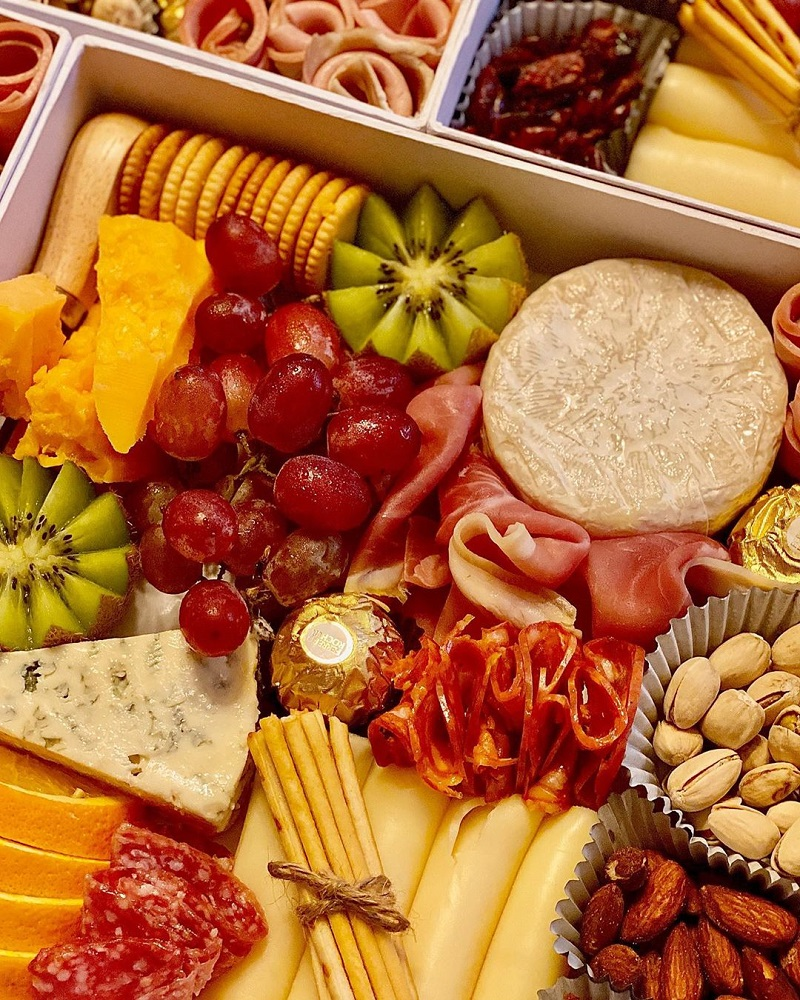where to buy party trays
