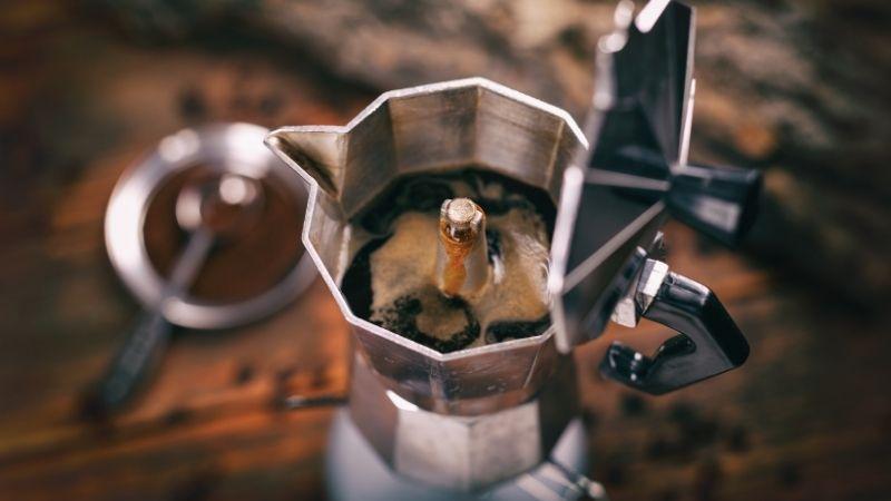 coffee essentials: moka pot
