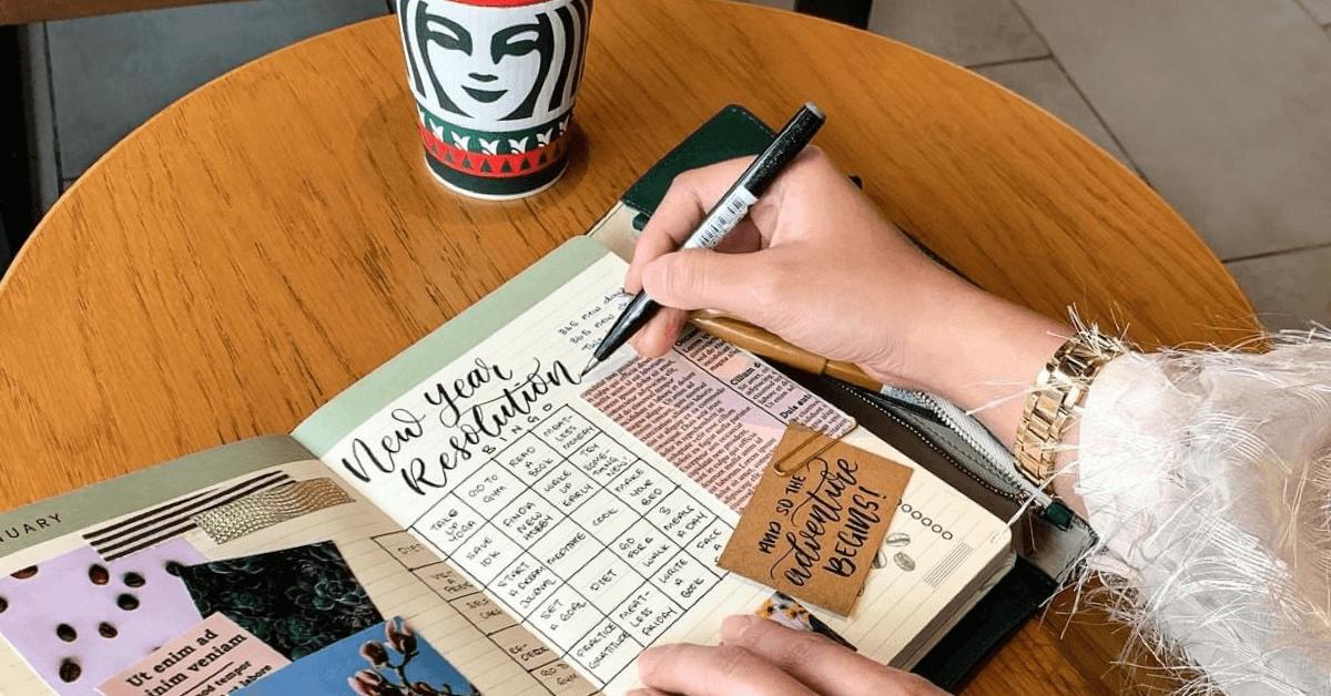 Starbucks Thailand 2021 moleski planner red