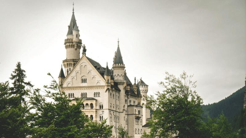 fairy tale destinations: Neuschanstein Castle