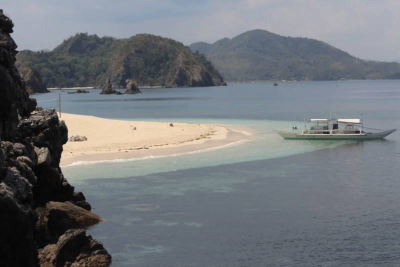Private Islands Philippines - Rock Island Airbnb