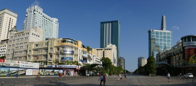 địa điểm đi chơi ở sài gòn - phố đi bộ Nguyễn Huệ
