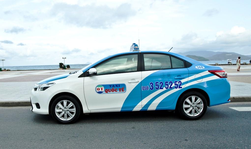 Nha Trang: Tưởng Tượng Và Thực Tế taxi