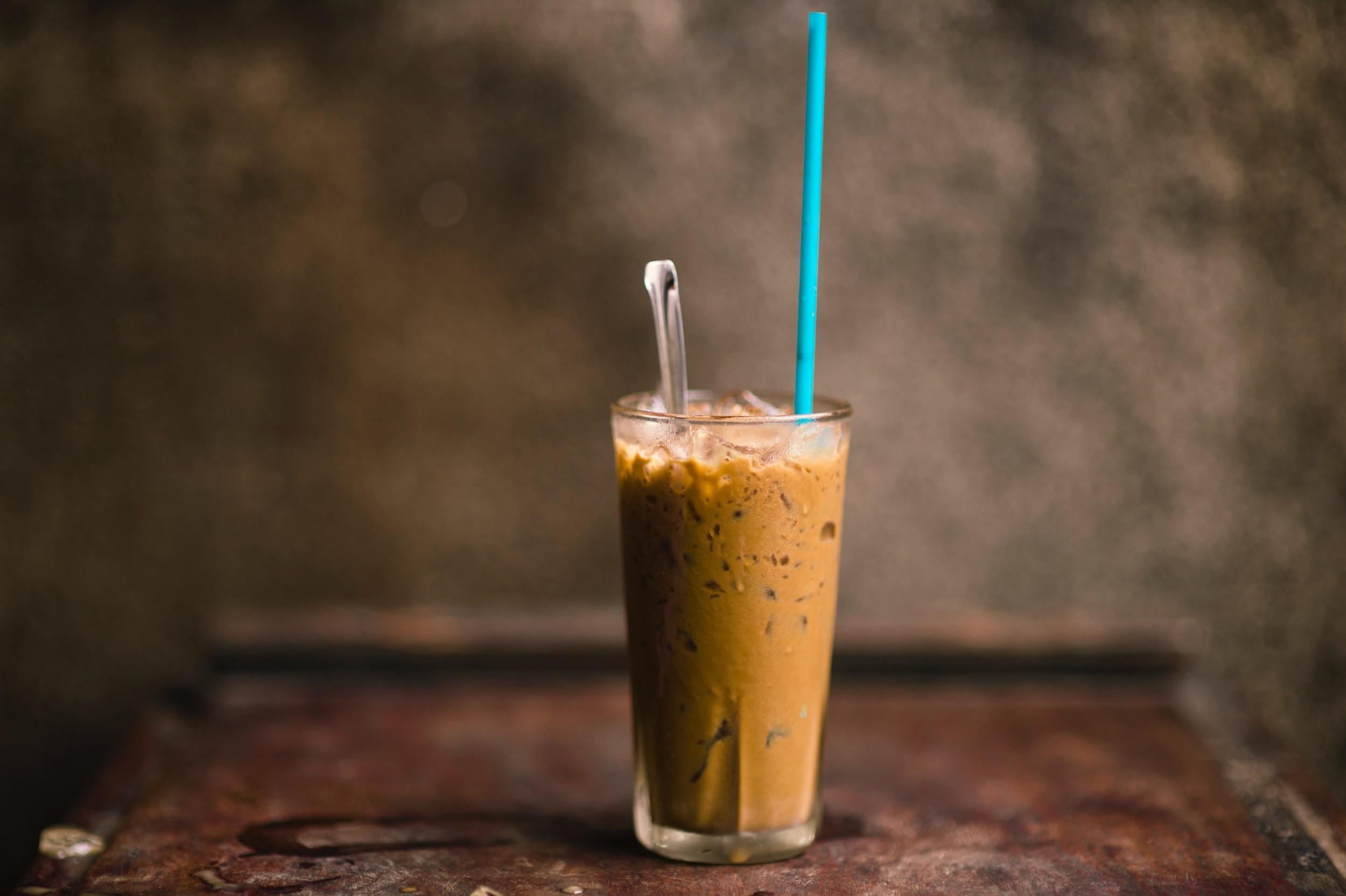 Người Việt Nhớ Khi Xa Nhà, cà phê phin mỗi sáng