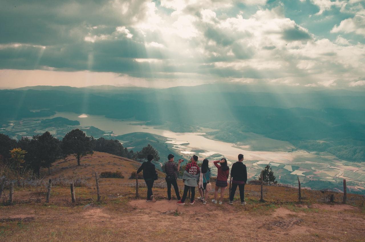 Đi du lịch giá rẻ theo nhóm