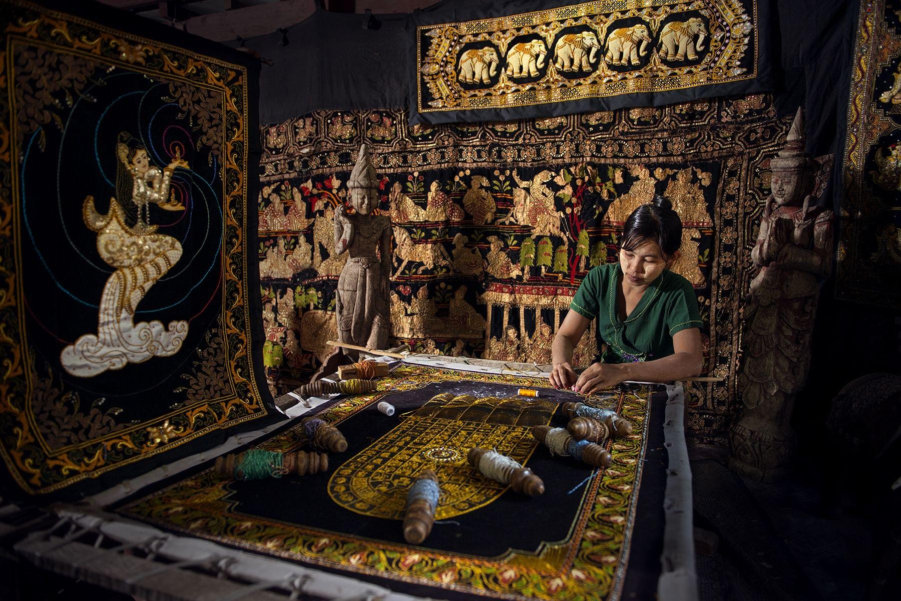 nghề dệt thủ công  Mua khi du lịch Bagan