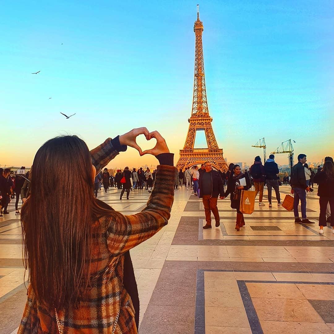 Thap Eiffel - Địa điểm chụp hình ở Châu Âu