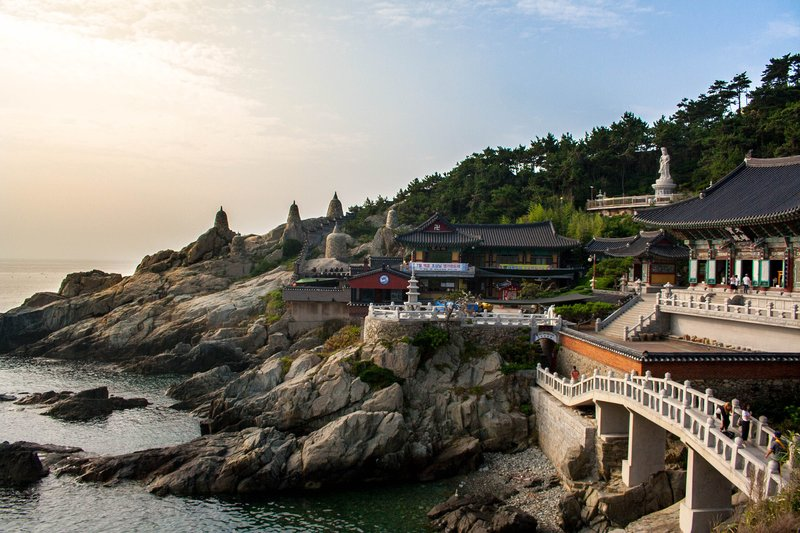 Ngôi chùa Phật giáo - Haedong Yeonggusa