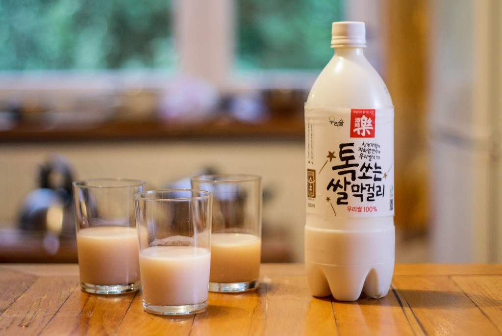 mua gì ở Busan - Nước gạo makgeolli