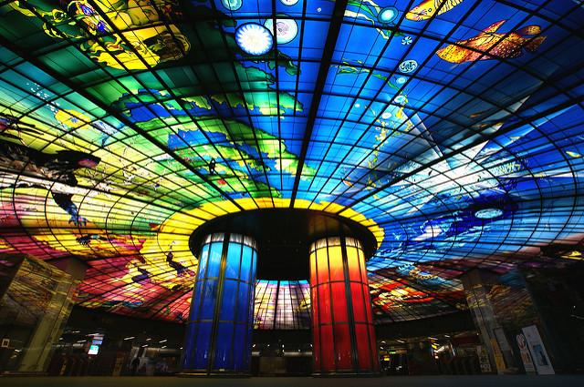 địa điểm chụp hình ở Cao Hùng - tàu điện ngầm MRT Formosa Boulevard