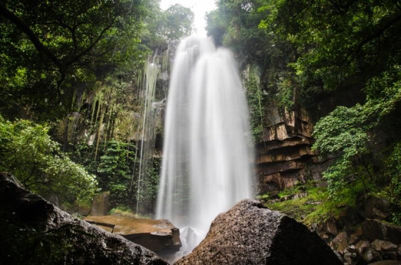 Địa điểm nổi tiếng ở Campuchia - rừng thông Kirirom