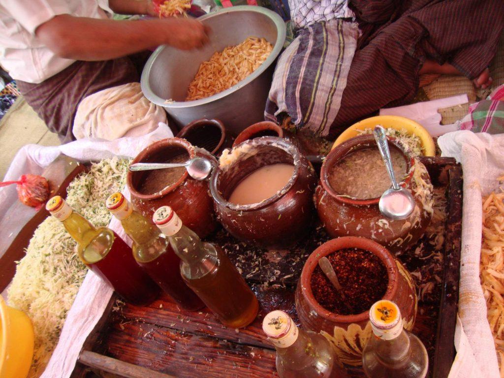 Quán ăn địa phương Myanmar