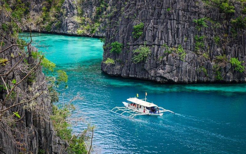 Địa điểm du lịch Philippines - hồ Kayangan, đảo Coron