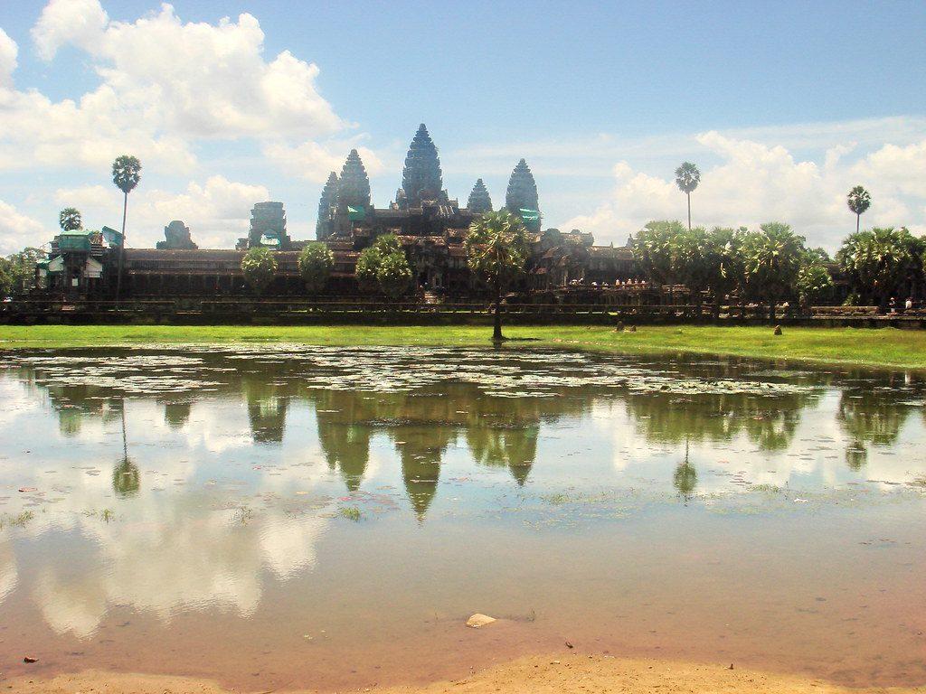 Các thời kỳ lịch sử Campuchia
