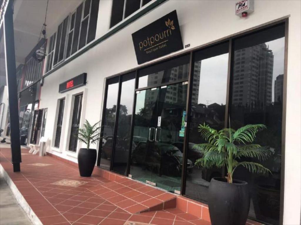 Khách sạn giá rẻ ở Johor Bahru - Potpourri Boutique Hotel