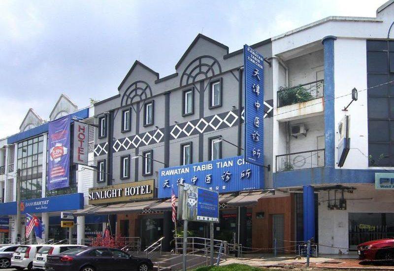 Khách sạn giá rẻ ở Johor Bahru - Oyo 429 Sunlight Hotel