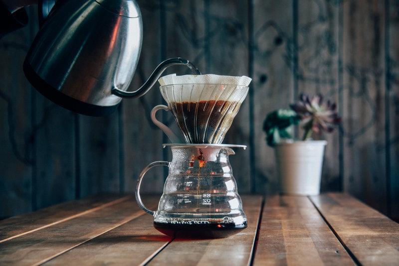 Pha cà phê cold brew theo phong cách Nhật Bản