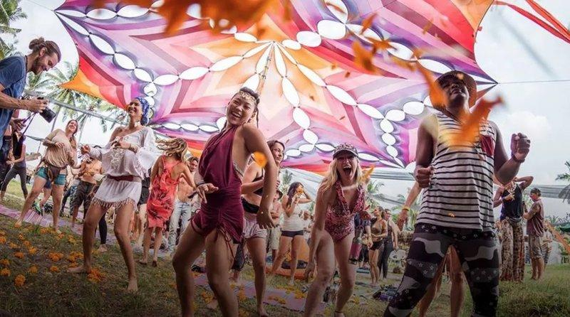 Lễ hội lớn ở Đông Nam Á - Lễ hội Bali Sprite