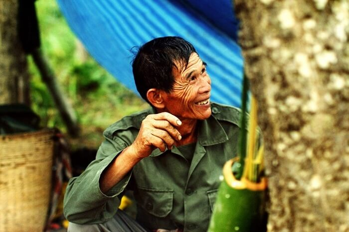 Không chạm vào đầu người khác khi ở trên đất Thái