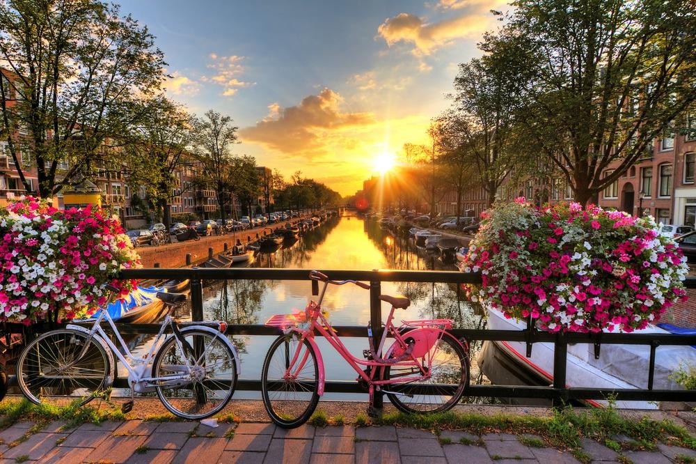 Khám phá các kênh đào ở Amsterdam