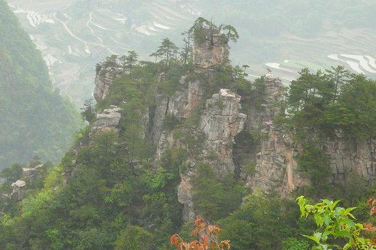 Tháp Yueyang