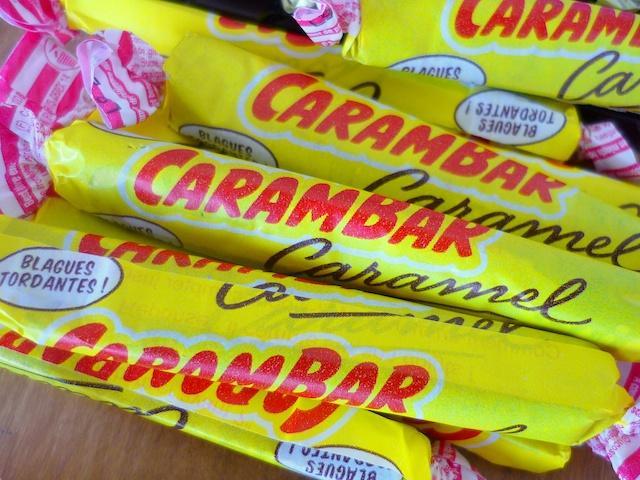 mua gì ở Paris? Đặc sản Kẹo Carambar