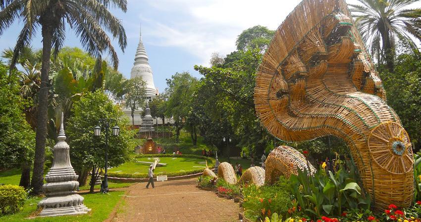 Khám phá Wat Phnom