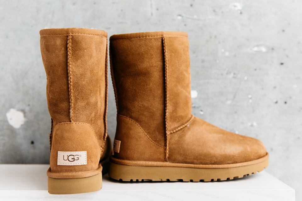 Mua khi du lịch Sydney - Giày UGG