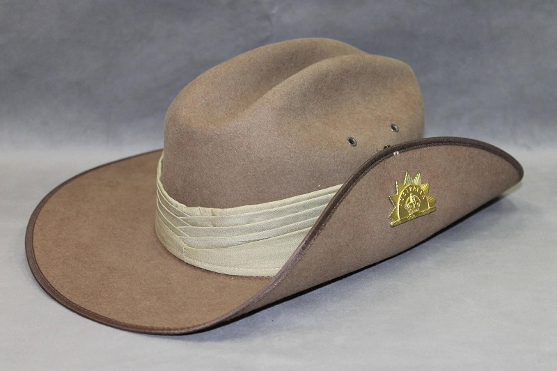 Mua khi du lịch Sydney - Mũ Akubra