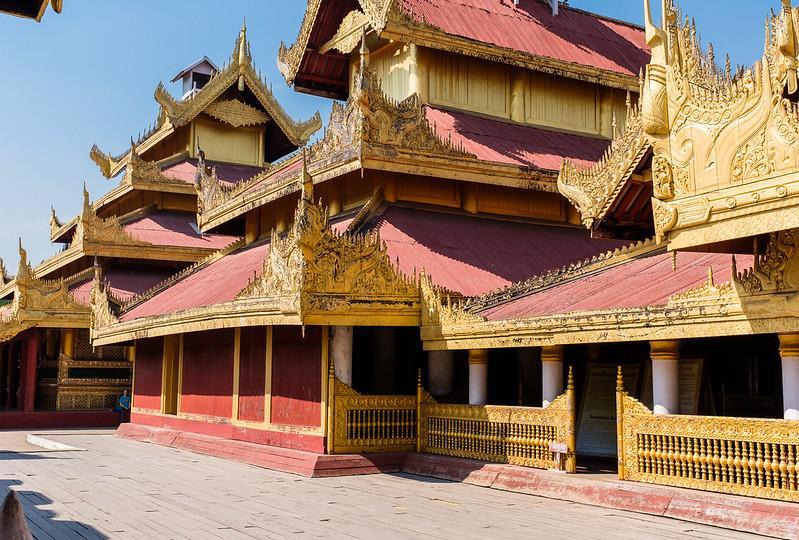Cung điện Hoàng gia Mandalay