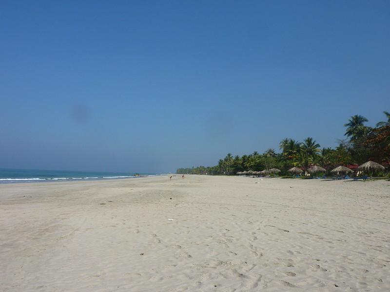 Bãi biển xinh đẹp Ngwe Saung