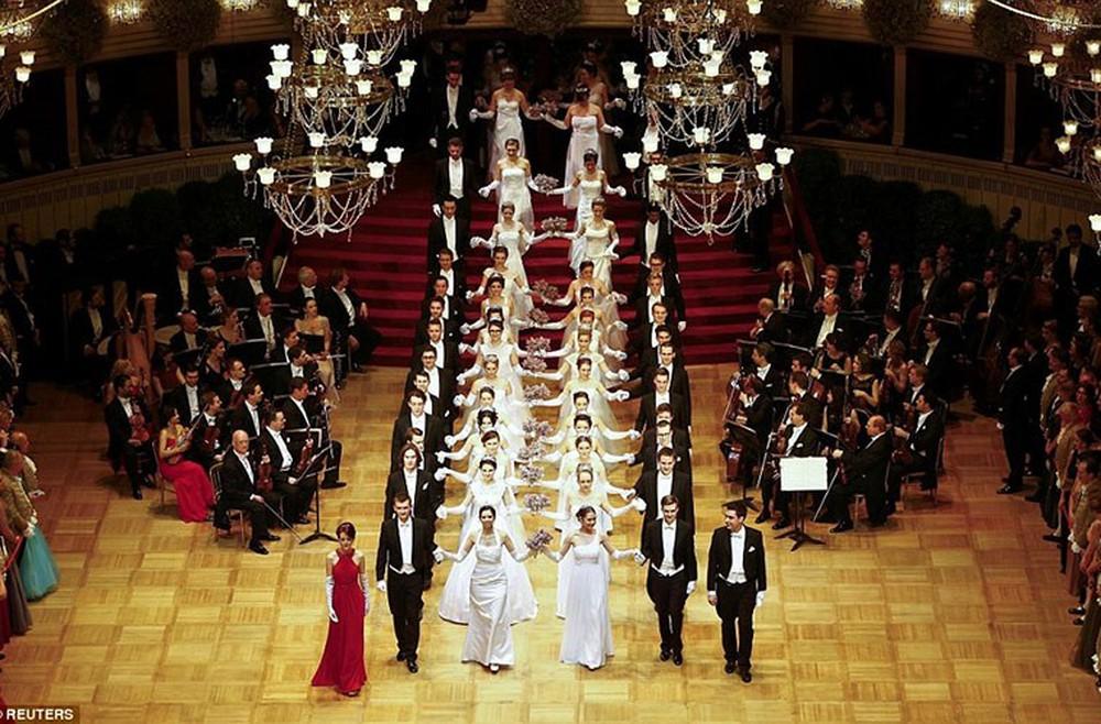 Dạ hội Opera thành Vienna