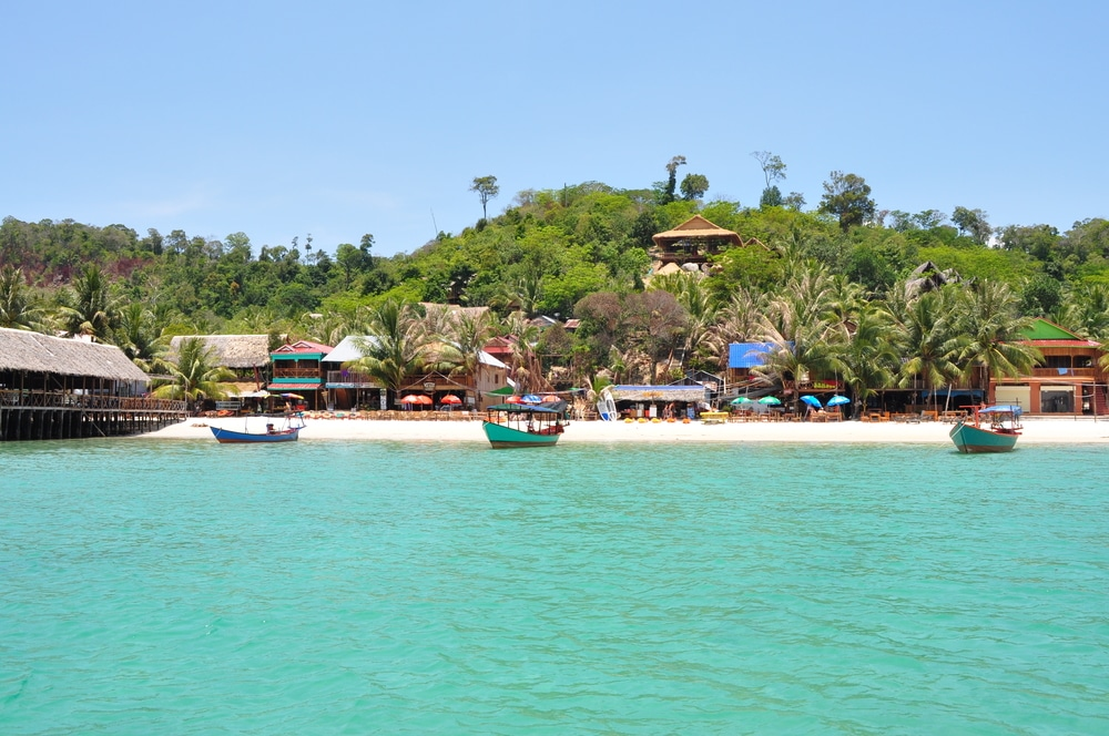chơi gì ở Sihanoukville - Đi tàu ra đảo Koh Rong