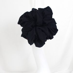 180821123316_Scrunchie-Black._zoom.jpg