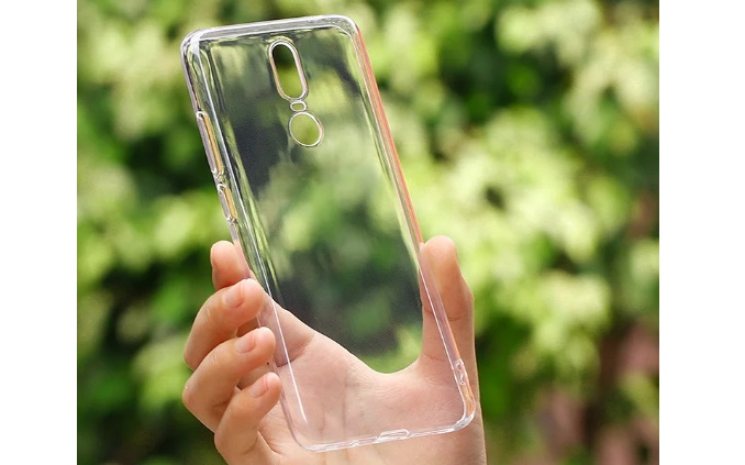 OnePlus 6 protective skin cover leak