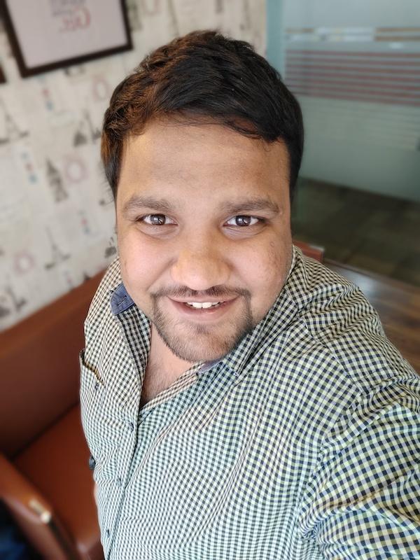 Vivo V9 selfie