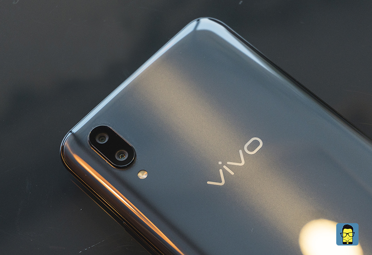 Vivo X21 product shot 9