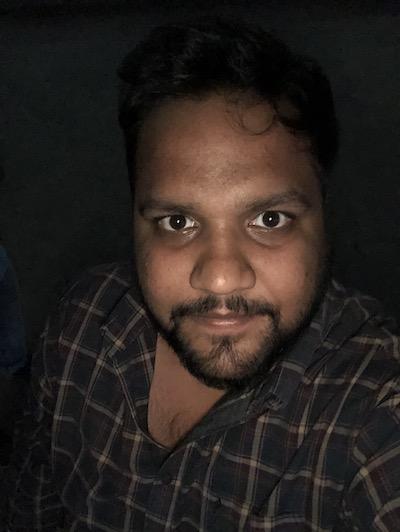 iPhone X selfie flash