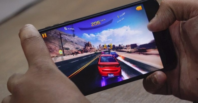Best gaming smartphones under 15000