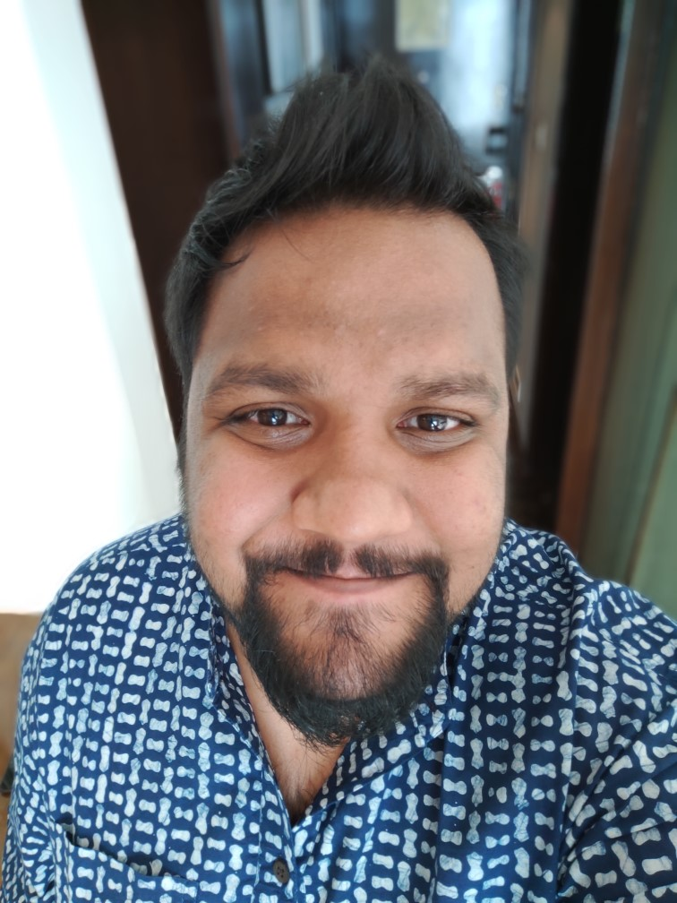 OPPO R17 Pro Front Camera Sample with Portrait